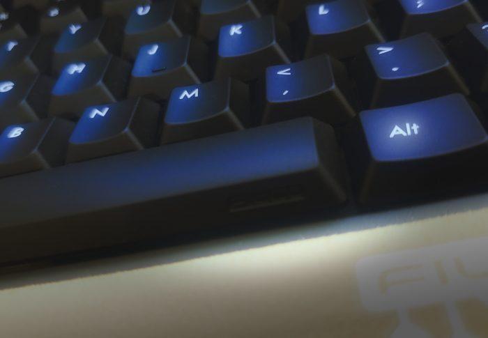 良いキーボードを買いました